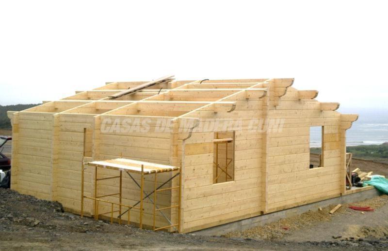 Casa de madera estifani casas de madera y bungalows en - Casas estructura de madera ...