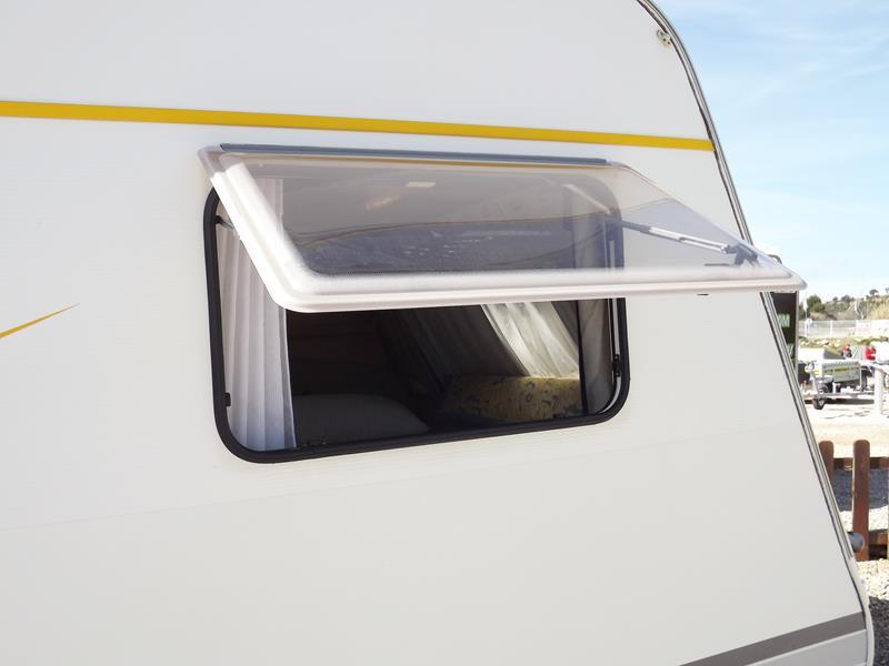 Medidas Baño Caravana:Caravana bursner city 490 tk avantgarde – Casas de Madera y bungalows