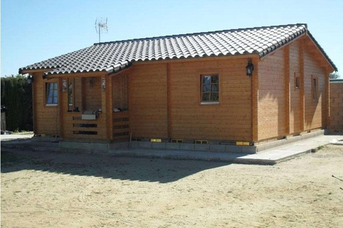 Casa de madera prefabricada lidia casas de madera y - Casas prefabricadas barcelona ...