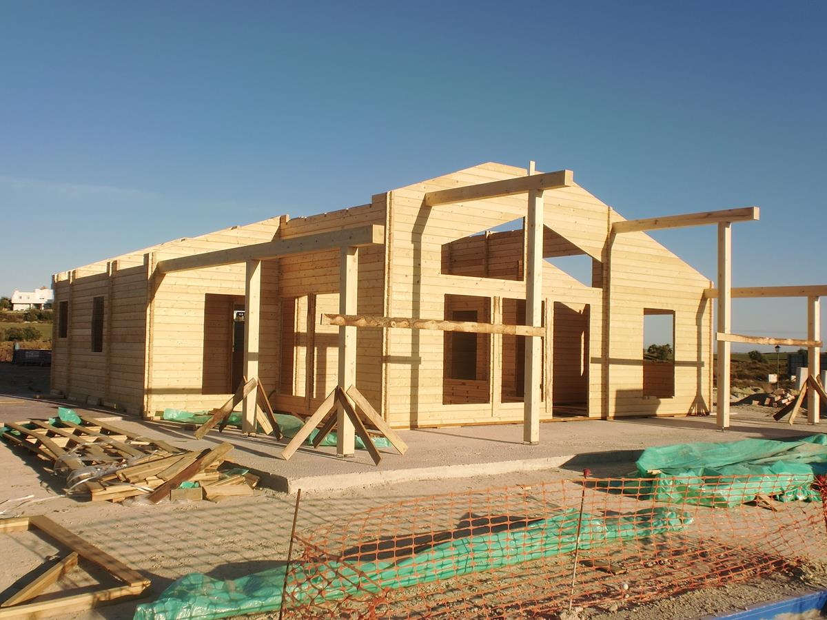 Casa de madera prefabricada tropical 100 casas de madera - Casas prefabricadas tarragona ...